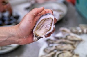 Ekone Freshly Shucked Oyster